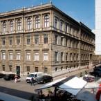 Sveučilišna knjižnica Rijeka. Preuzeto sa: https://hr-hr.facebook.com/pages/Sveu%C4%8Dili%C5%A1na-knji%C5%BEnica-Rijeka/154625551239987