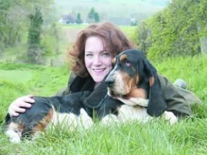 Engleska spisateljica Lucy Dillon, autorica romana. Fotografija preuzeta s www.herefordtimes.com.