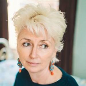 Britanska spisateljica Ruth Hogan. Fotografija preuzeta sa stranice www.radiotimes.com.